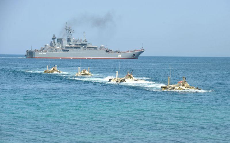 Корабли Каспийской флотилииРФ выполнили стрельбы научениях «Кавказ-2016»