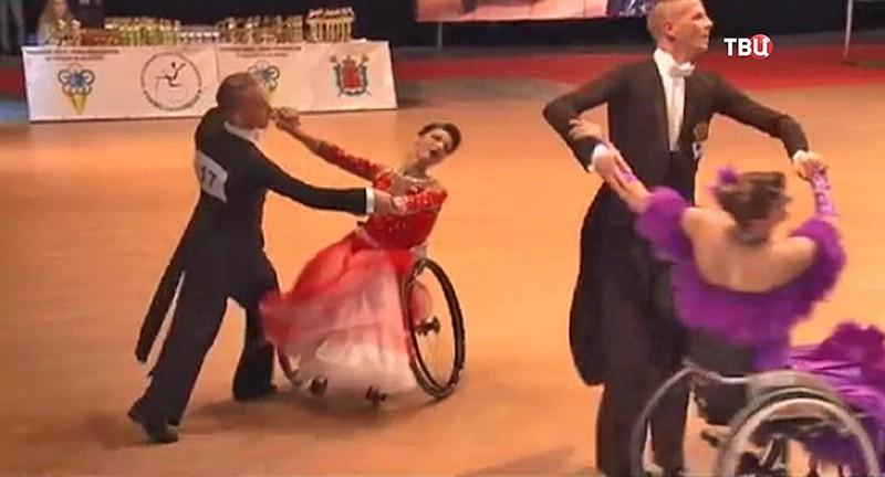МПК снова безжалостно унизил русских колясочников наКубке мира потанцам