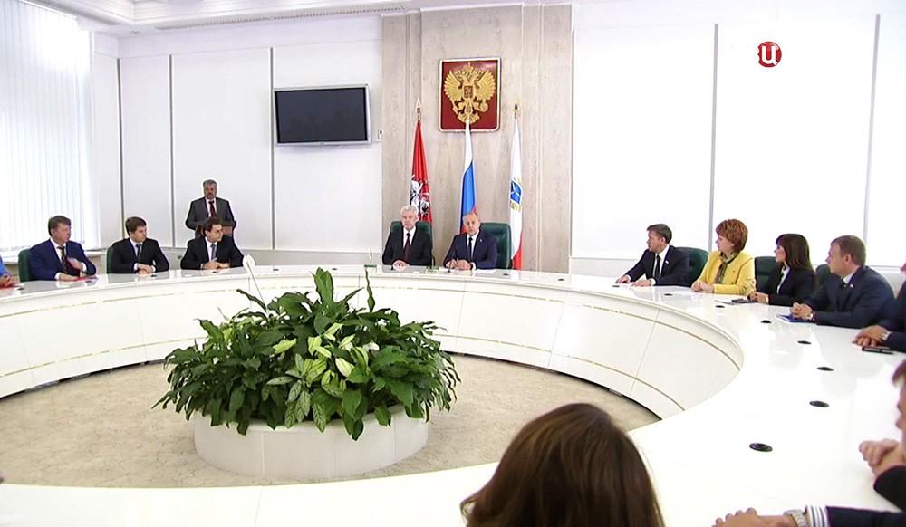 Мэр Москвы Сергей Собянин и Сергей Собянин с губернатор Саратовской области Валерий Радаев