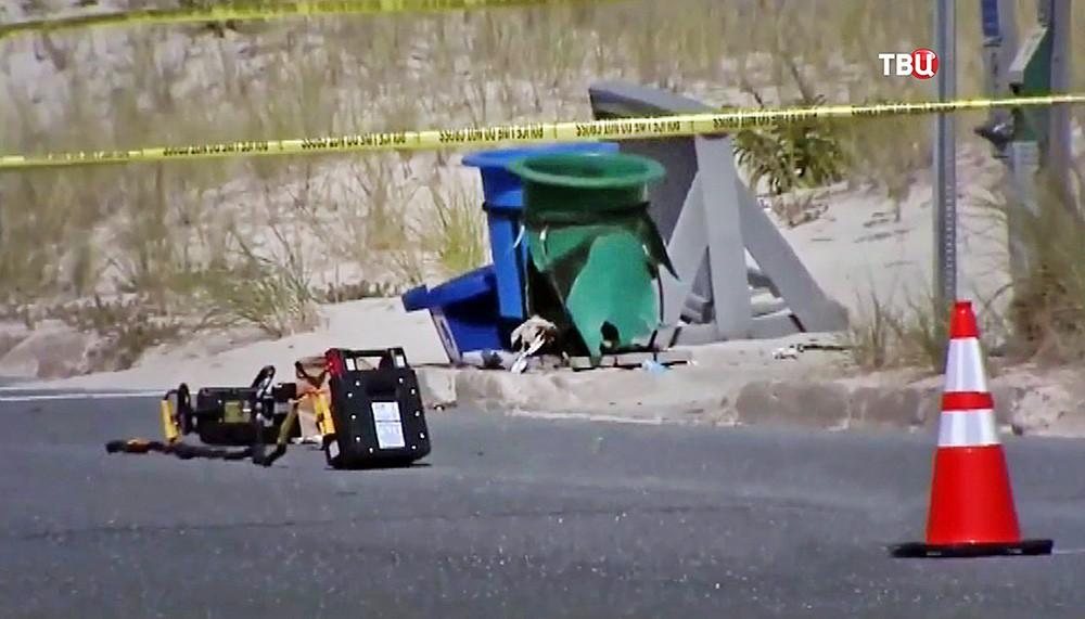 Результат взрыва самодельного взрывного устройства в США