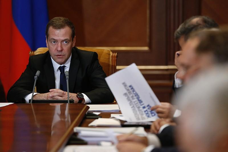 Председатель правительства России Дмитрий Медведев проводит заседание президиума Совета при президенте России
