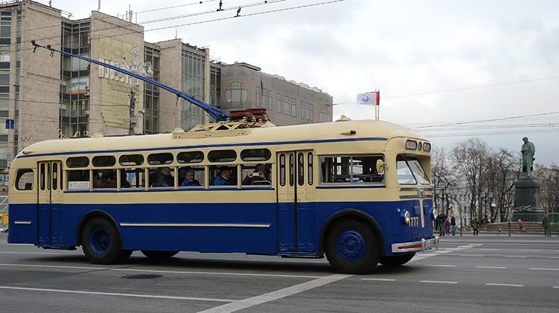 Ретро-троллейбус