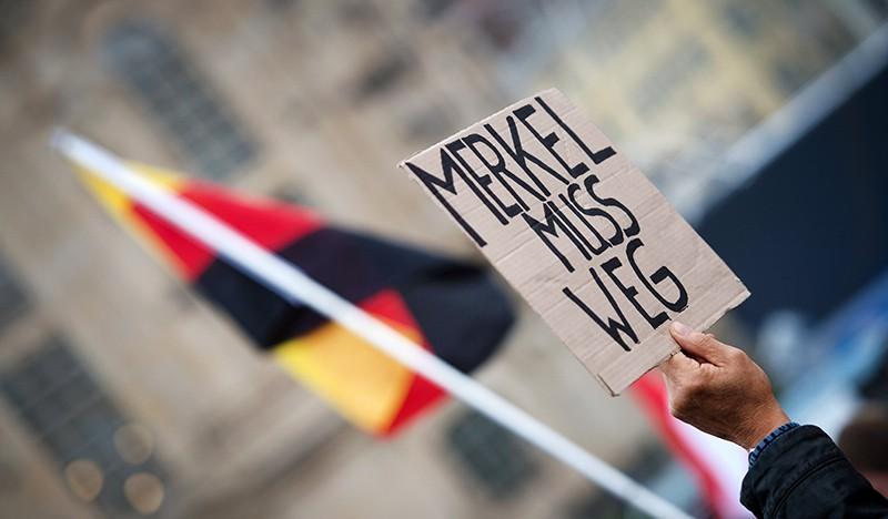 Митинг против политики Ангелы Меркель