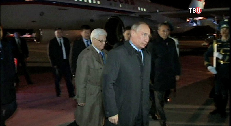Владимир Путин— вКазахстан через Оренбург