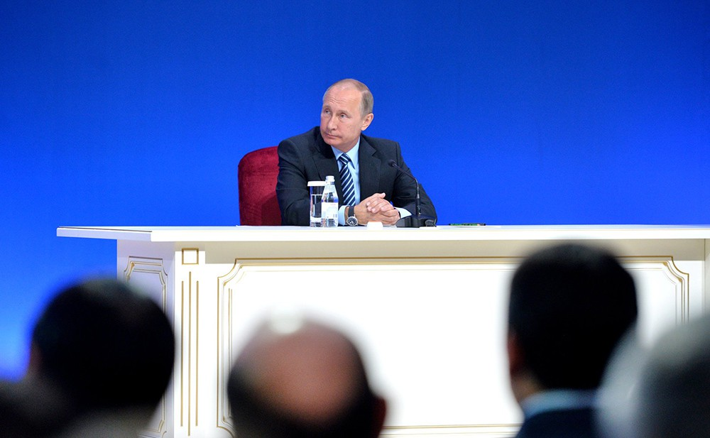 Путин: экономику удалось стабилизировать, сейчас нужно выйти нарост