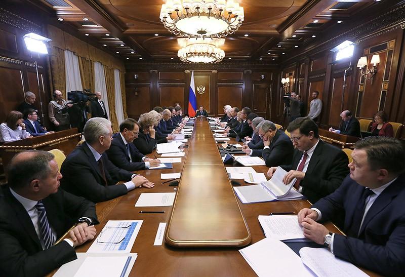 Председатель правительства РФ Дмитрий Медведев проводит заседание президиума Совета при президенте РФ по стратегическому развитию