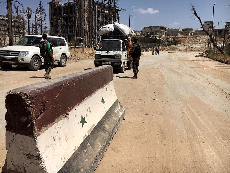 Блокпост в городе Алеппо, Сирия