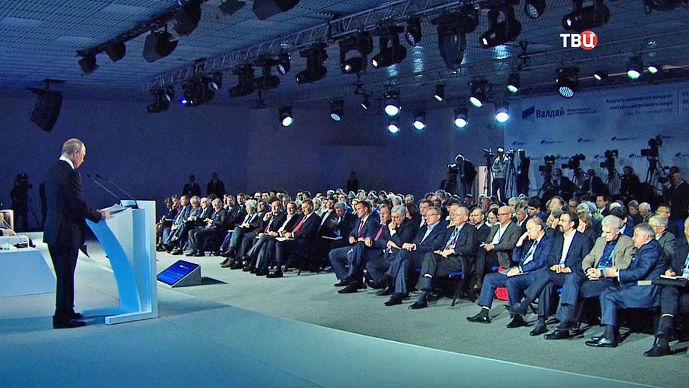 ВАлеппо следует восстановить авиаудары— ГенштабРФ