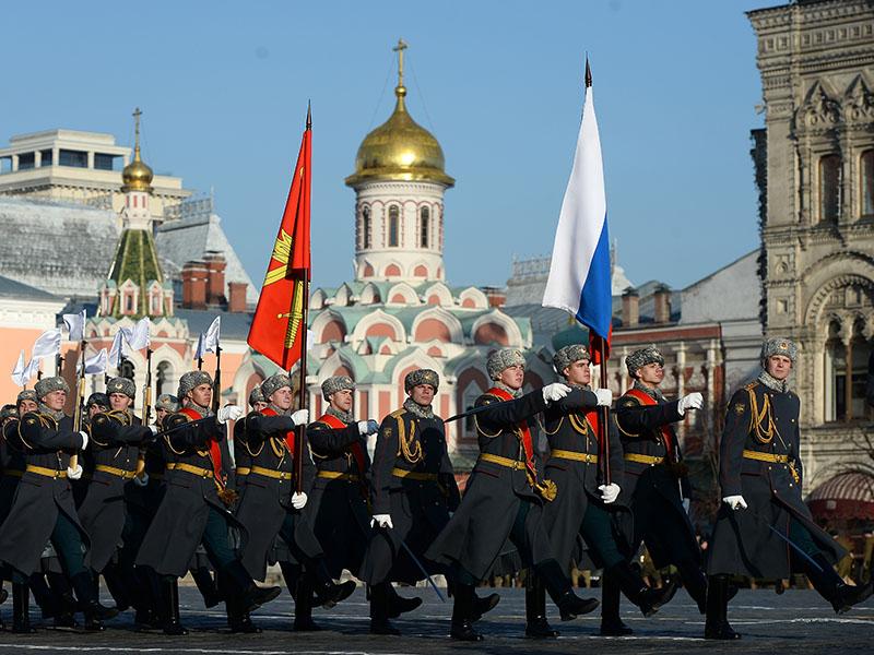 Парад на красной площади приравнивают к важнейшим