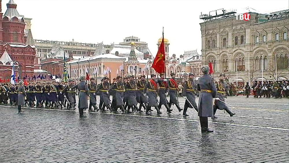 НаКрасной площади закончился марш вчесть парада 7ноября 1941-ого года