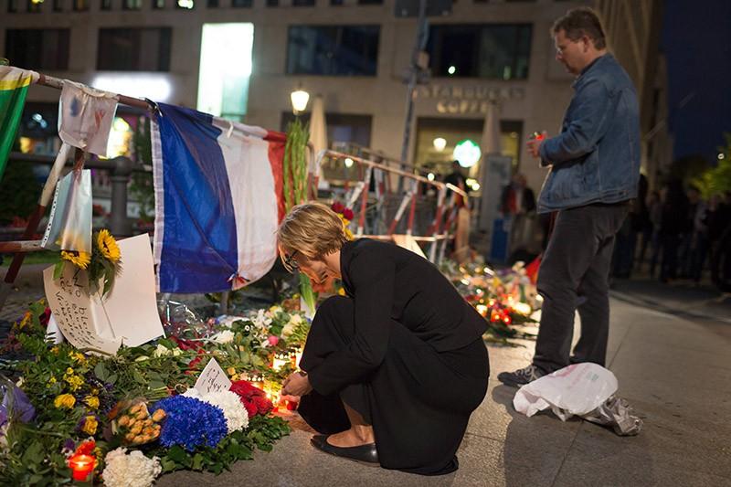 Траур в Париже