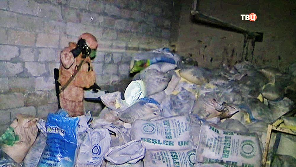 Военные специалисты выявляют следы химоружия примененного в Сирии