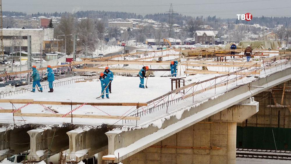 ГН В Москве за три года введено в строй шесть новых путепроводов через ж/д пути