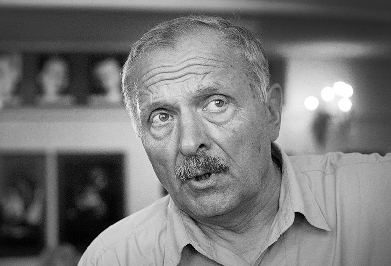 Артист Евгений Лазарев