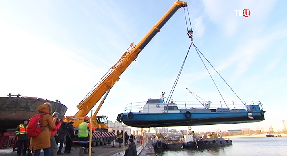 Подъем судна для планового ремонта