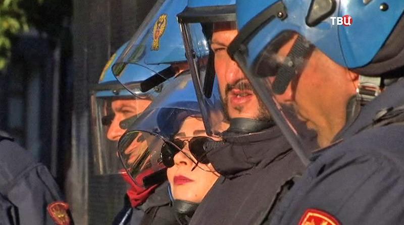 Полиция Италии