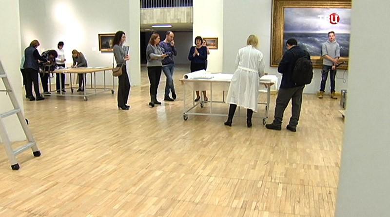 Закрытии выставки Айвазовского