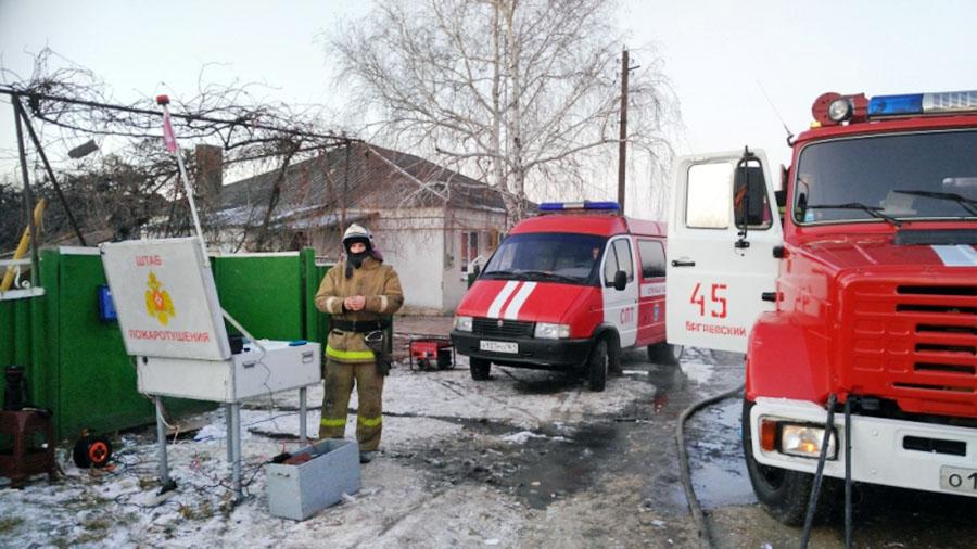Штаб пожаротушения МЧС на месте происшествия