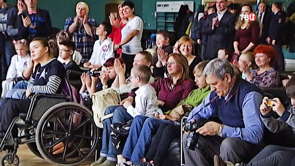 Дети-инвалиды встретились с паралимпийцами