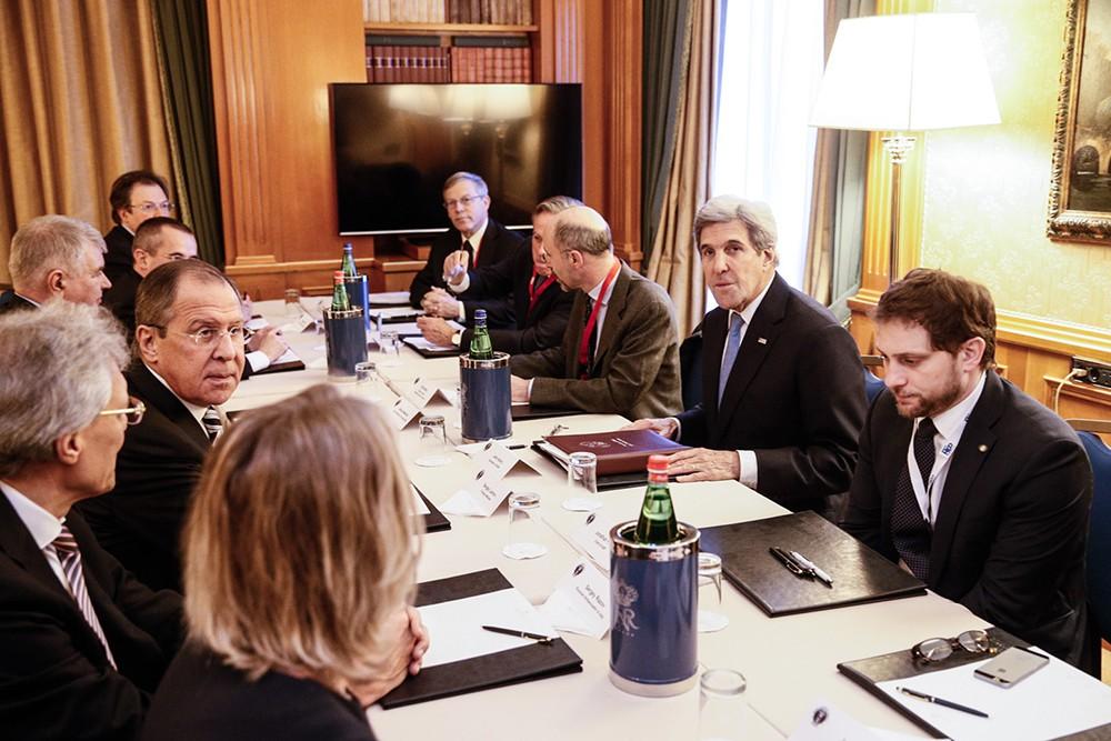 Переговоры главы МИД России Сергея Лаврова и госсеркетаря США Джона Керри