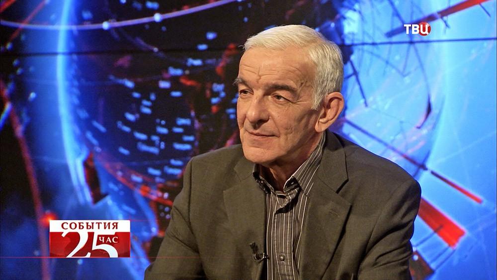 Владимир Исаев