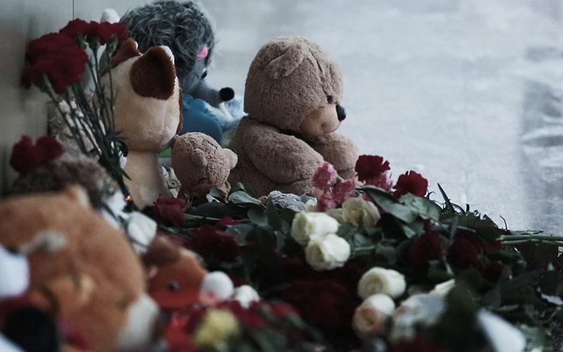 Прощание с погибшими в ДТП детьми