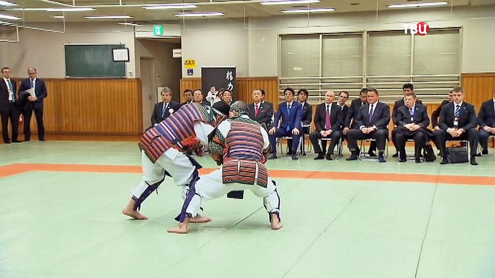 "Президент РФ Владимир Путин и премьер-министр Японии Синдзо Абэ посетили цента дзюдо ""Кодокан"""