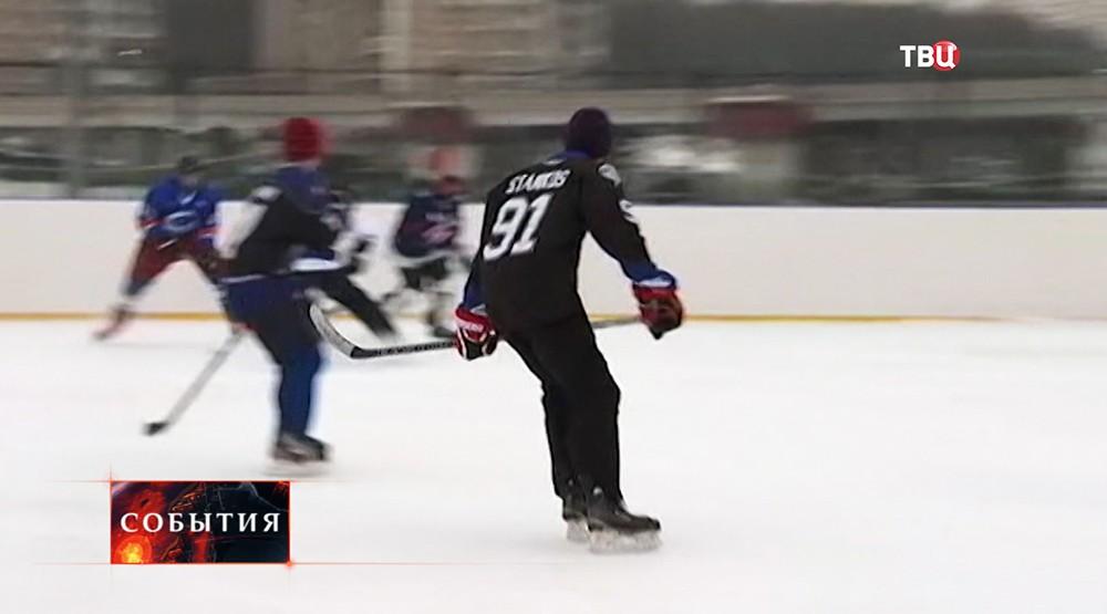 Новогодний турнир среди уличных хоккейных команд