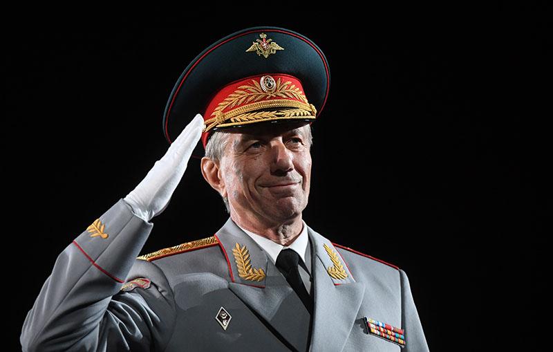 Главный военный дирижер России генерал-лейтенант Валерий Халилов