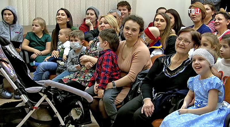 """""""Елка мэра"""" в Морозовской больнице"""