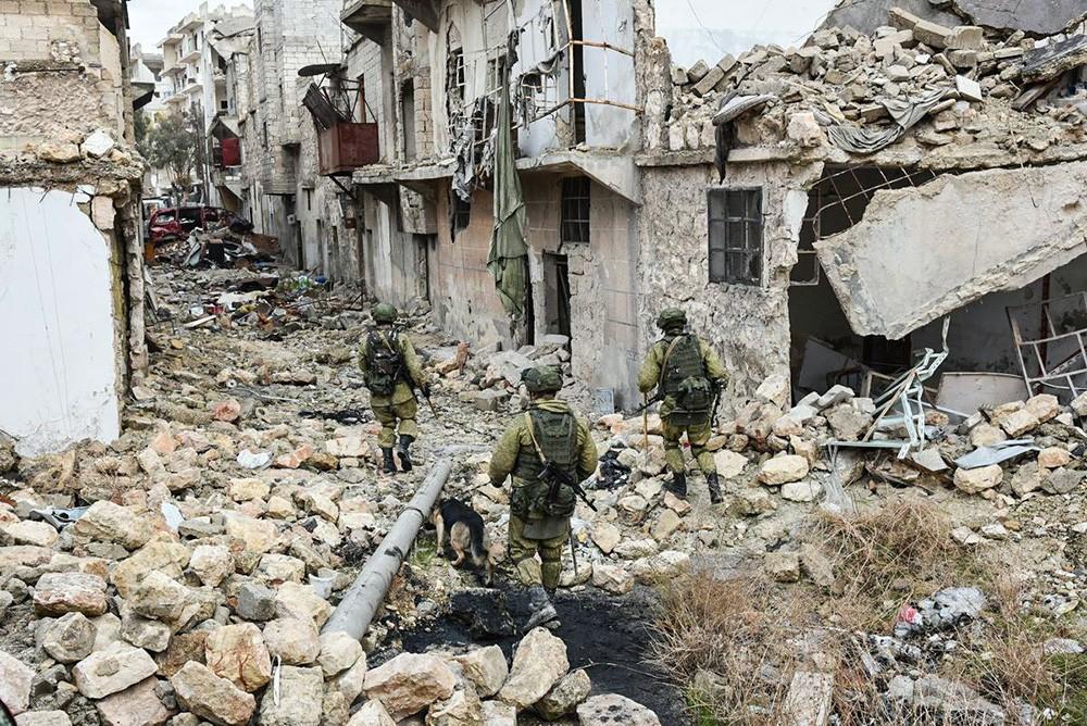 Работа российских саперов в Алеппо