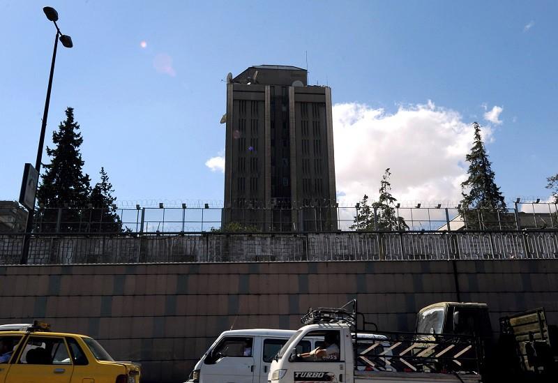 МИД: Террористы два раза обстреляли посольствоРФ вДамаске