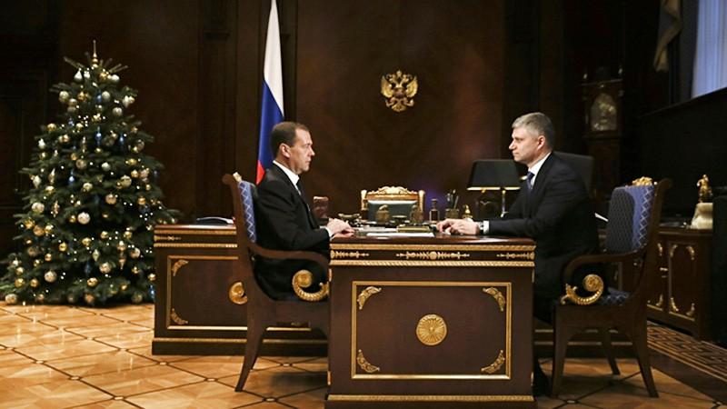 Дмитрий Медведев и Олег Белозёров