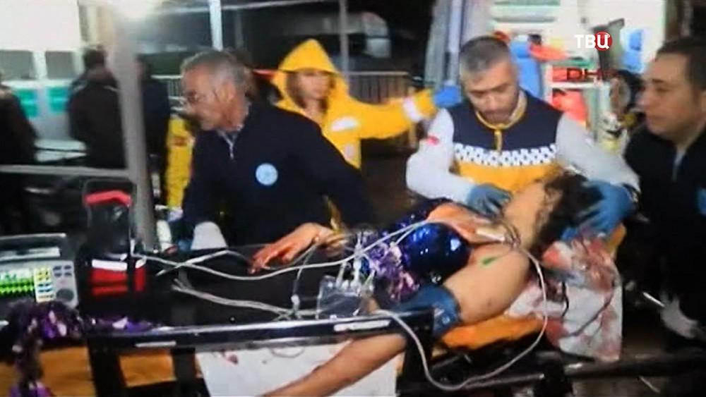 Пострадавшие в теракте в Турции