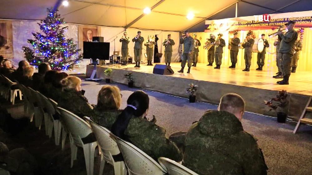 Российские военные встретили новый год на авиабазе Хмеймим в Сирии
