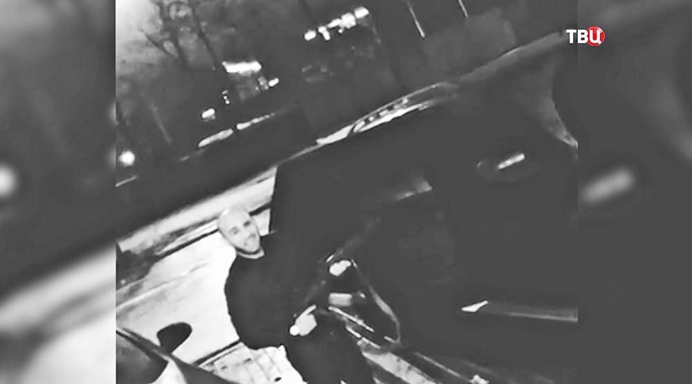 Подозреваемый в стрельбе из автомата Калашникова в Москве