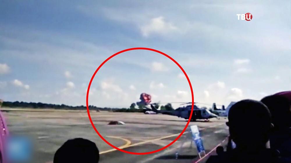Падение истребителя на авиашоу в Таиланде