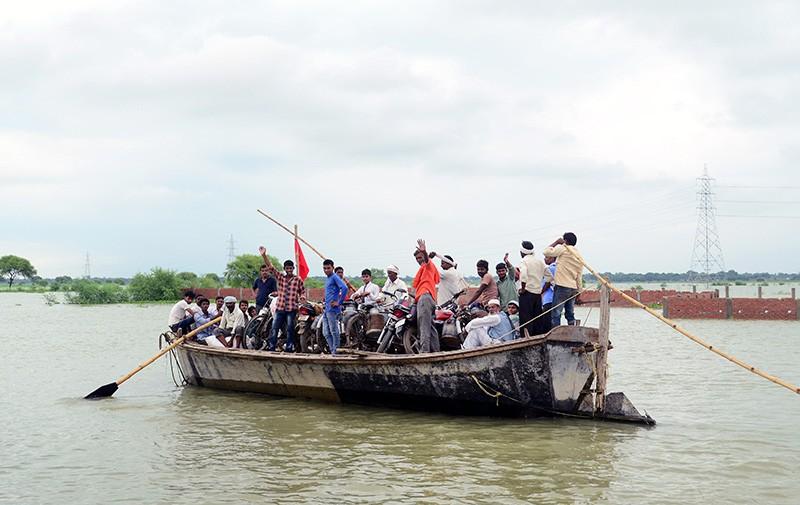 россия лодку в индии