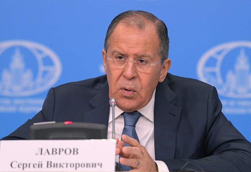 Министр иностранных дел России Сергей Лавров на пресс-конференции