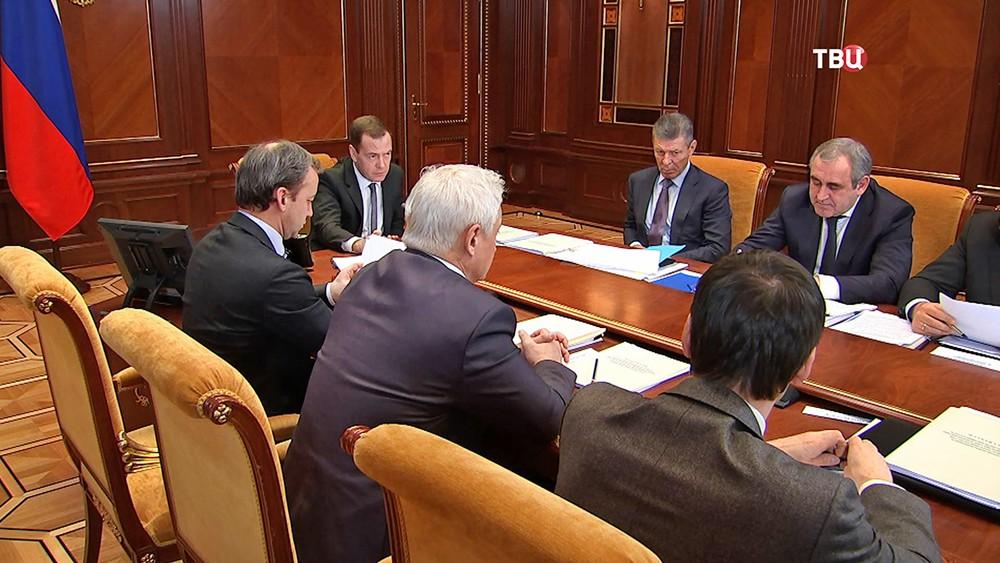 Дмитрий Медведев проводит заседание правительства РФ