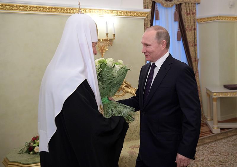 Президент России Владимир Путин и патриарх Московский и всея Руси Кирилл во время встречи