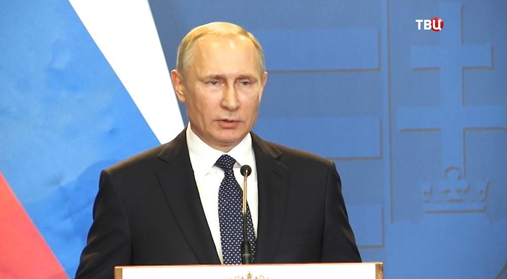 Киев выставляет себя жертвой агрессии, чтобы «вышибить» деньги сЗапада— Путин