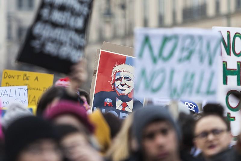 Участники акции протеста в США