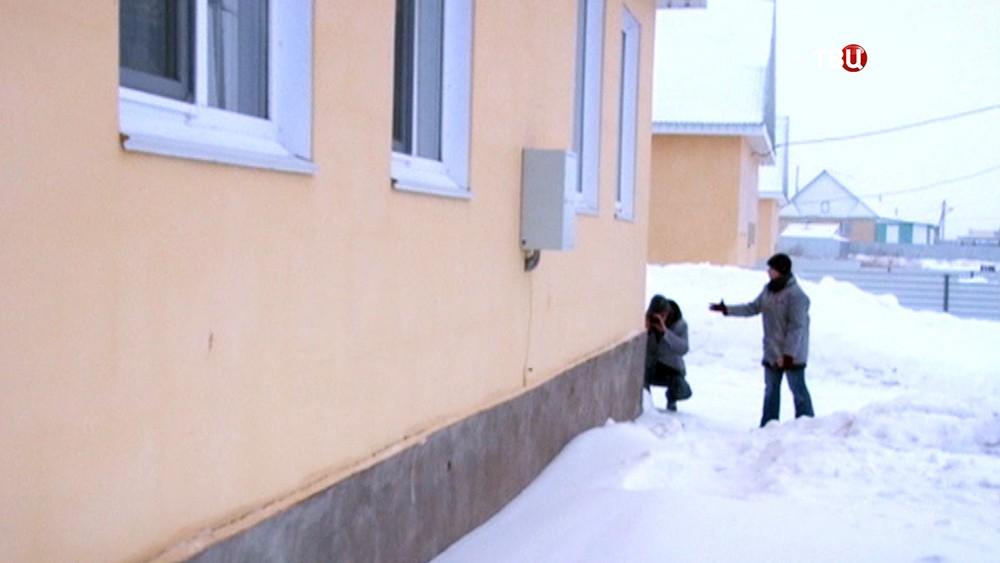 Непригодные для проживания дома выделили детям-сиротам