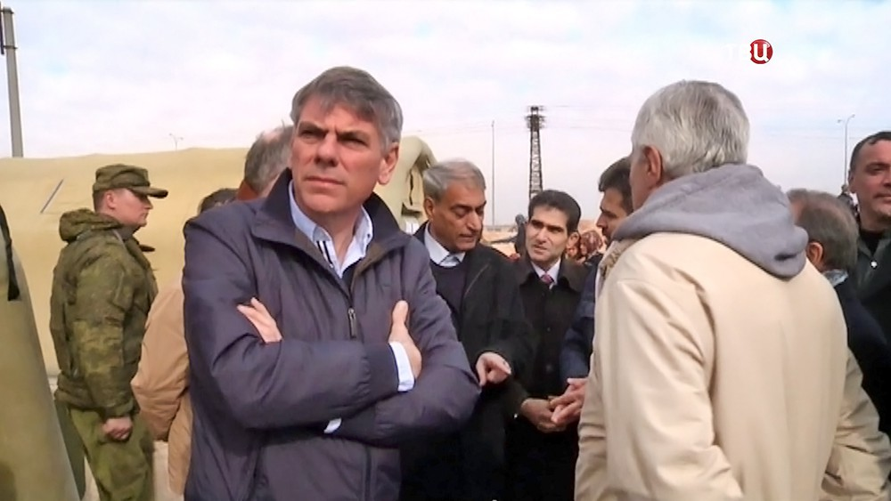 Бельгийские депутаты в лагере для беженцев в Сирии