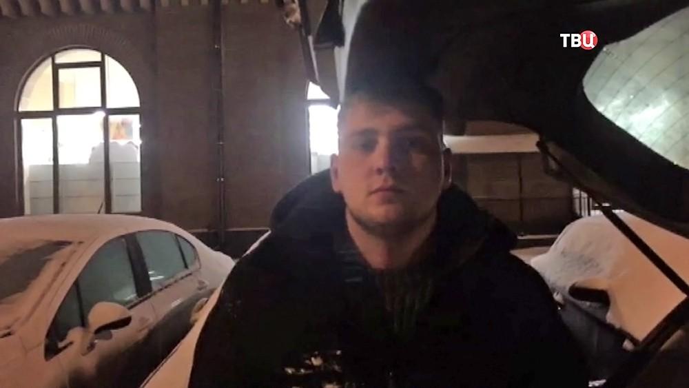 Задержанный автоугонщик