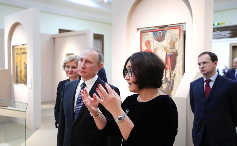 Владимир Путин посетил выставку