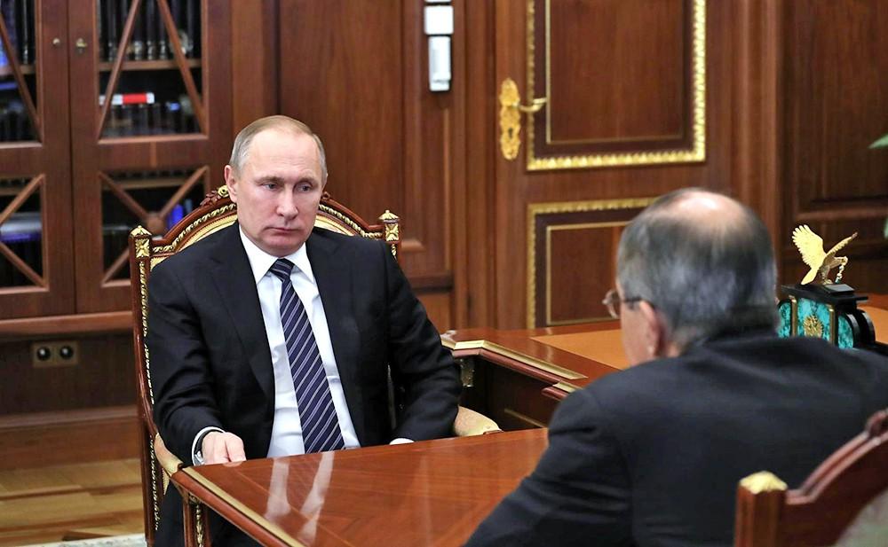 Президент России Владимир Путин и глава МИД Сергей Лавров