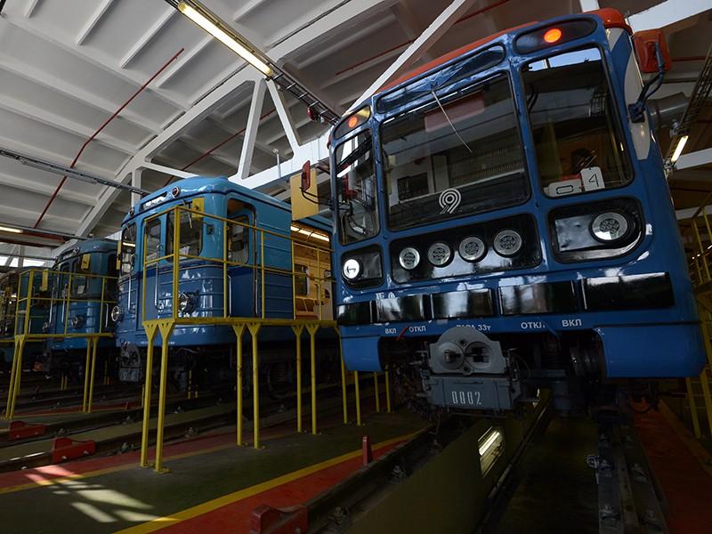 Электропоезда в депо