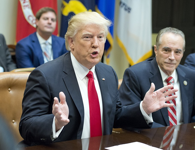 Трамп проинформировал, что препятствует поладить сРоссией